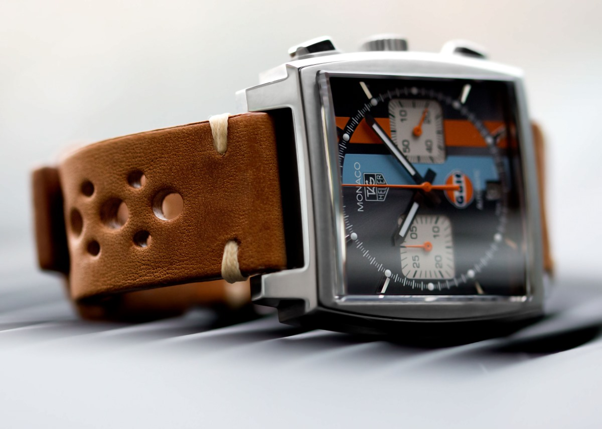 what is pull up leather? | watchgecko
