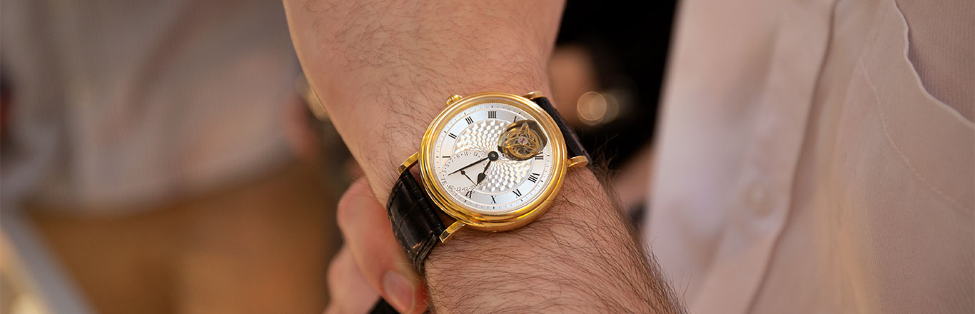 Fellow Auctioneers - Hands On With The Watch Sale 31st July 2018