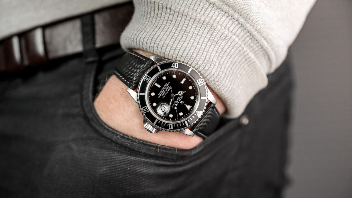 the Rolex Submariner on a padded sailcloth watch strap from ZULUDIVER